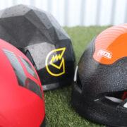 軽量ヘルメットで快適安全な山行を